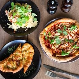 Stellarossa cafes serve pizzas, pastas, salads, all day breakfast